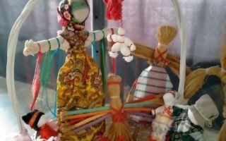 Выставка славянских кукол